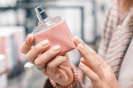 BC_Tipps_beim_Parfumkauf_AdobeStock_333965250@2x